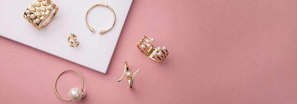 jewelry business store